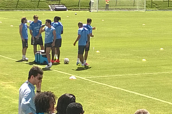 Diego Forlán também participou de treinamento