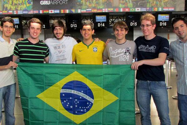 Estudantes representam o Brasil em olimpíada de matemática que se realiza até o próximo dia 13