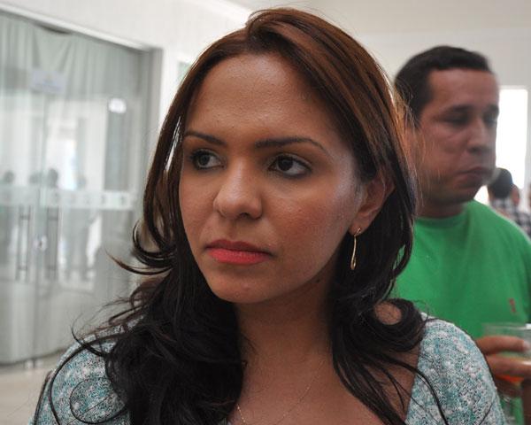 Prefeita Luana Bruno foi acusada de uso da máquina pública