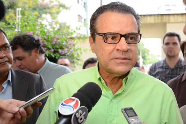 Henrique discutiu a questão da água em Currais Novos com os ministros Mercadante e Teixeira