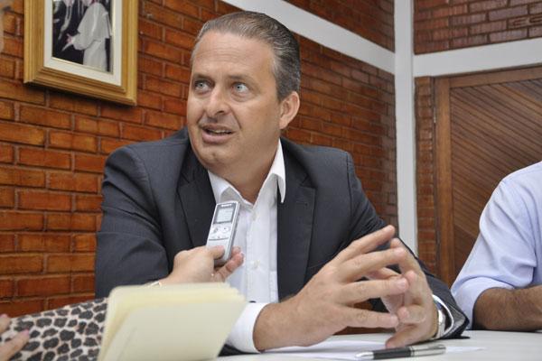 Eduardo Campos aposta no desgaste da polarização entre o Partido dos Trabalhadores e o PSDB