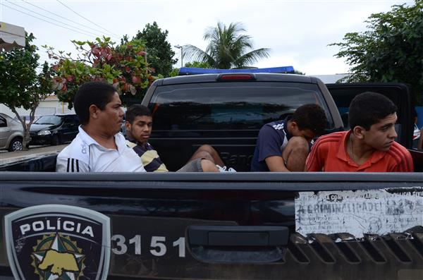Grupo é suspeito de cometer assaltos e foi preso em Parnamirim