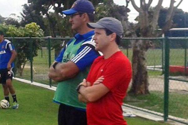 Daniel Paulista acompanha trabalho da equipe do Sport. Volante será auxiliar técnico de Eduardo Baptista