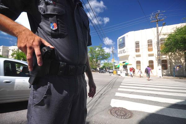 Por mês, 10 PMs saem das ruas por problemas psiquiátricos
