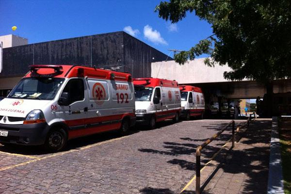 Onze ambulâncias ficaram paradas durante a manhã aguardando a liberação de macas