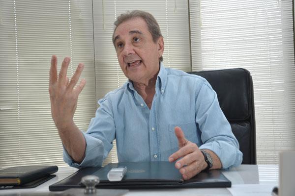 Coordenador da campanha nacional do PSDB, Agripino revelou que, daqui, Aécio viajará a Patos