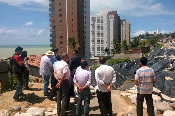 Obras em Mãe Luíza foram avaliadas por técnicos do Ministério das Cidades