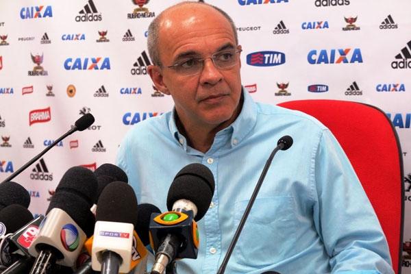 O presidente do Flamengo, Eduardo Bandeira de Mello negou qualquer pagamento de propina à Portuguesa