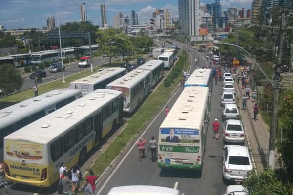 Após morte de taxista, categoria clama por maior segurança junto aos rodoviários