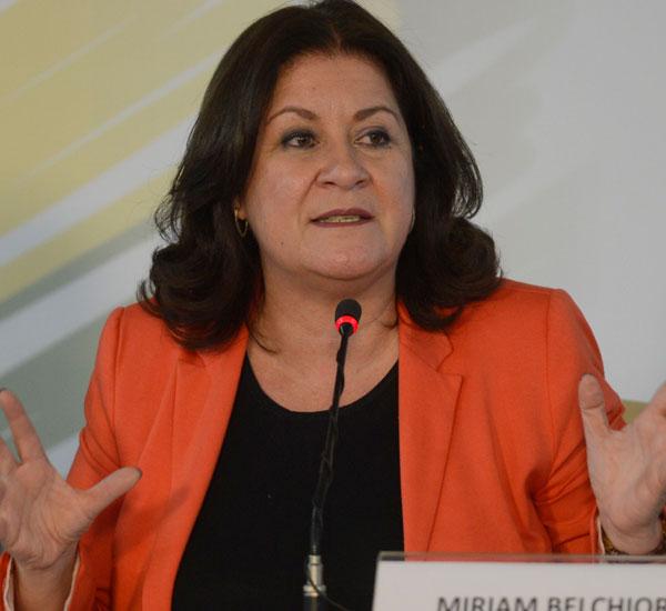 Ministra Miriam Belchior: Correção com base na inflação e no PIB