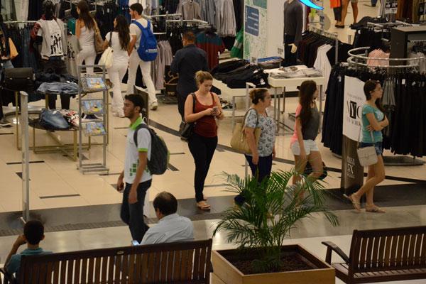 Shopping em Natal: O comércio é um dos setores que apontam prejuízos à atividade com a redução de dias úteis para funcionar