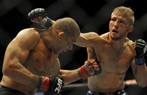O lutador potiguar Renan Barão afirma ter treinado muito Muay Thai para tentar vencer a revanche contra o americano Dillashaw