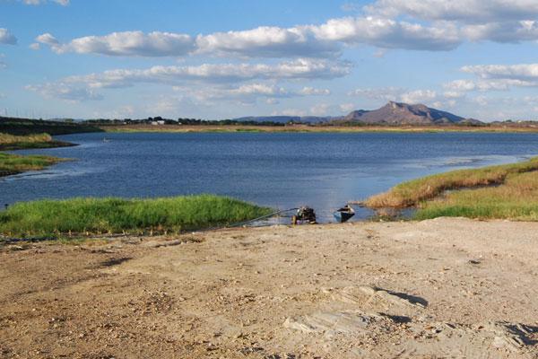Com poucas chuvas, nível de água no Itans, em Caicó, chega a 12,31% da capacidade do reservatório