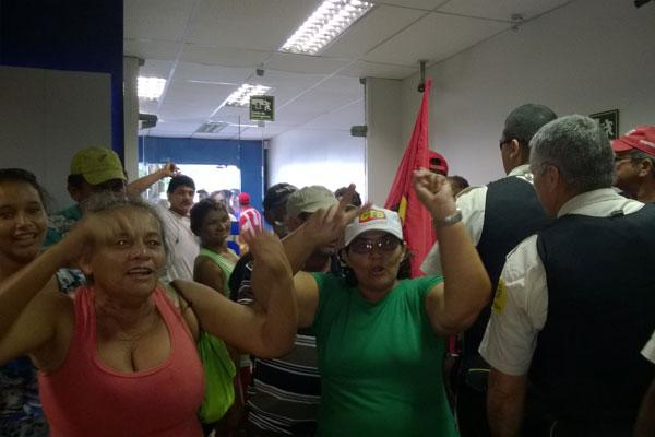 Muitas mulheres foram à manifestação do MST na Caixa