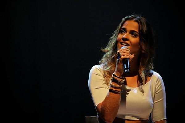 Com o valor do prêmio, Camila quer investir em um DVD ou nova viagem