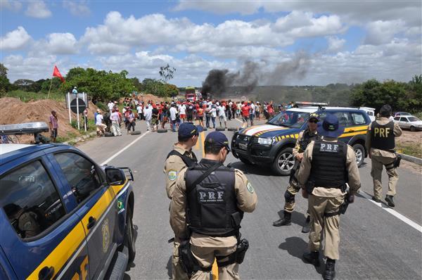 Polícia está autorizada a impedir bloqueio de rodovias no RN