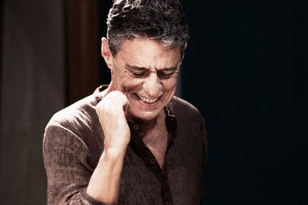 O tenor Tiago Landeira e o barítono Rafael Barros interpretam a obra de Chico Buarque com uma afinação diferenciada