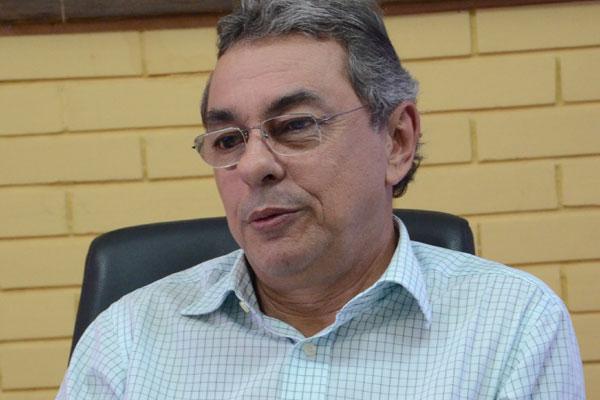 Obery Rodrigues, afirma que pagamento dos salários depende da confirmação de receita