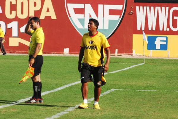 Ivanildo Freitas, técnico da equipe sub-19 do Globo, assume time principal interinamente