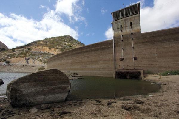 Com volume atual de 3.225.142 m³, Gargalheiras, em Acari, está com menos de 7% da sua capacidade máxima - 44.421.480 m³