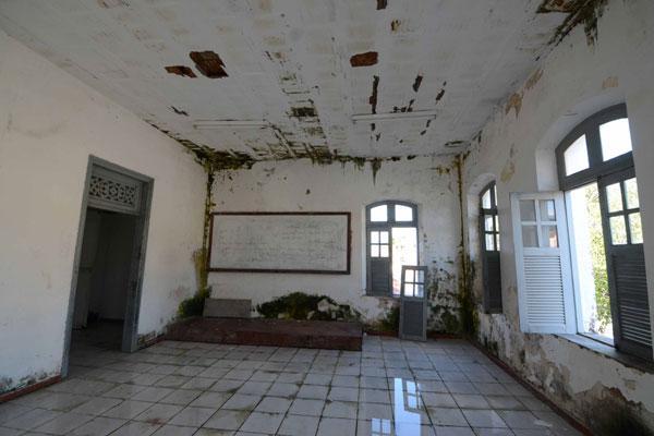 Vários cômodos da Casa do Estudante estão deteriorados e alguns interditados por determinação da Defesa Civil de Natal