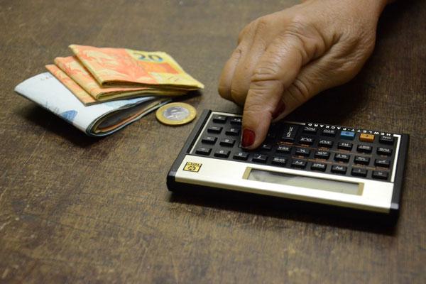Segundo Pnad, 589 mil famílias do RN viviam com até dois salários mínimos