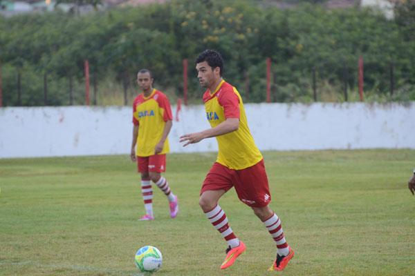 Meio-campista Fábio Braga, emprestado pelo Fluminense, pode fazer sua estreia pelo América