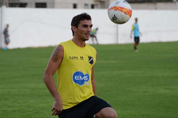 Suéliton está de volta ao time titular do ABC para a partida de hoje contra o Sampaio Corrêa/MA