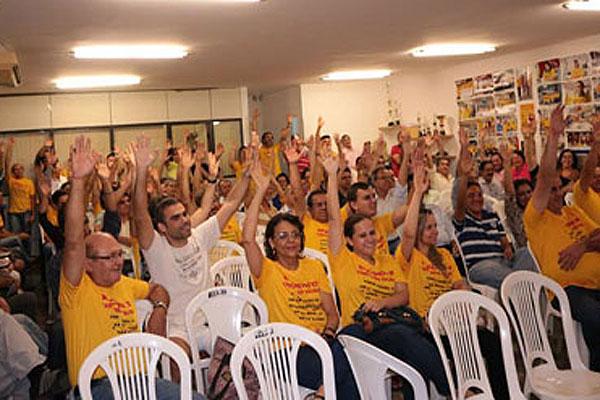 Bancários aprovaram indicativo de greve para o dia 30 de setembro