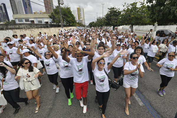 Caminhada foi realizada ontem para dar visibilidade ao tema e marcar o Dia Nacional de Doação