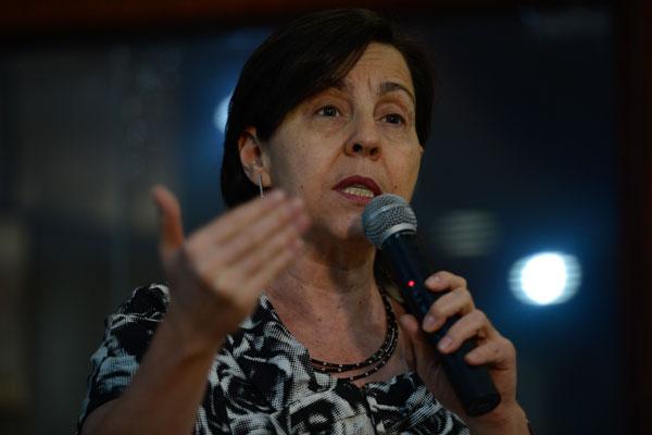 Tereza Campello afirma que desafio, agora, é promover a qualidade nutricional e reduzir obesidade