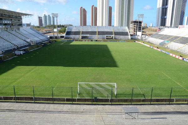 Treino do Flamengo no Frasqueirão será restrito a sócios