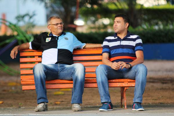 Dedé de Dora e Souza se encontram e revivem as lembranças do início de carreira em ABC e América e as passagens por Fla e Cruzeiro