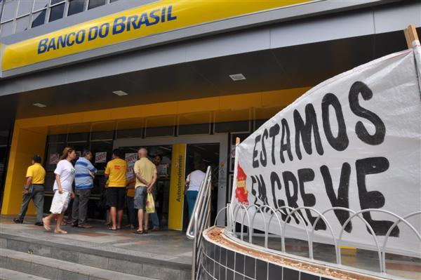 Bancários estavam em greve desde o dia 30 de setembro