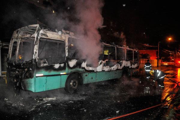 De acordo com a polícia, Primeiro Grupo Catarinense é responsável por 182 atentados em 54 cidades entre os anos de 2012 e 2013