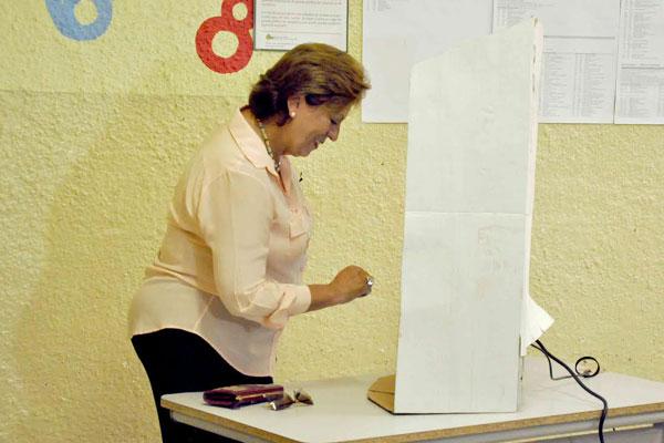 Rosalba Ciarlini votou em Mossoró no início da tarde de hoje