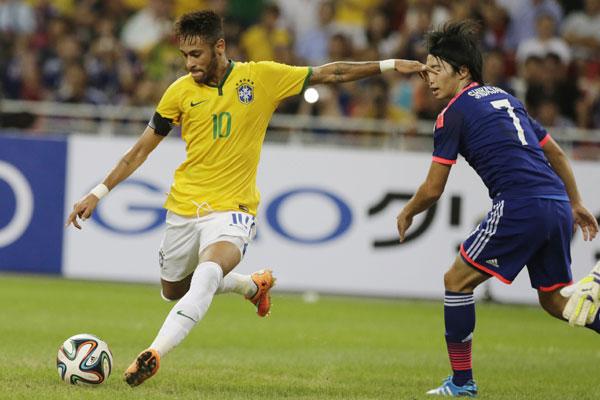 Neymar foi o destaque na goleada do Brasil por 4 a 0 sobre o Japão