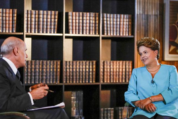 Dilma admite dificuldade na economia e lembra redução do crescimento industrial da Alemanha