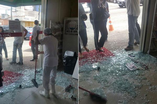 Bandido destruiu porta de vidro na entrada da padaria