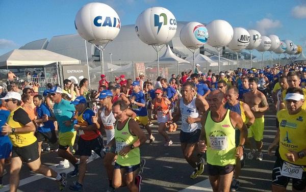 Mais de 4 mil atletas participam da corrida