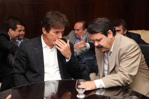 Governador eleito foi recebido pelo presidente da AL, Ricardo Motta, e demais deputados