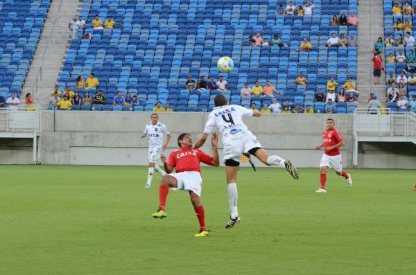O jogo, que fez a preliminar do confronto entre Brasil e Argentina, terminou empatado em 2 a 2