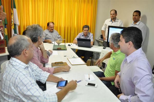 Dirigentes dos clubes potiguares participaram do sorteio na FNF