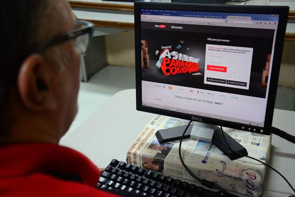 Na internet, a Black Friday também promete ofertas: O site www.BlackFriday.com.br reúne opções
