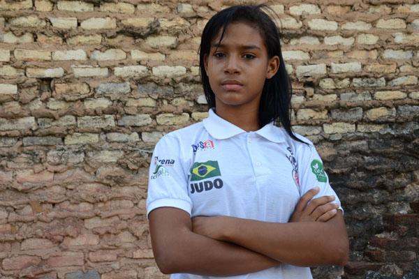 Camila Vitória Xavier, de 13 anos