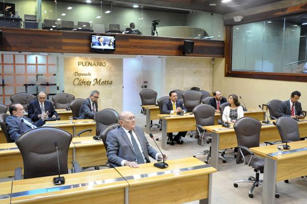 Plenário da Assembleia Legislativa deverá votar os projetos enviados pelo governo até dia 19