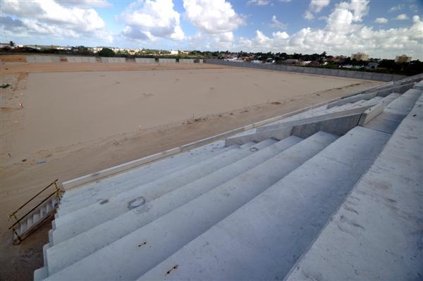 Alguns membros da comissão de construção estão otimistas e já trabalham com a hipótese do novo estádio começar a abrigar jogos já no Campeonato Estadual