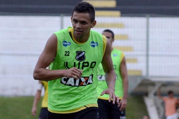 João Paulo poderá continuar no ABC nesta temporada