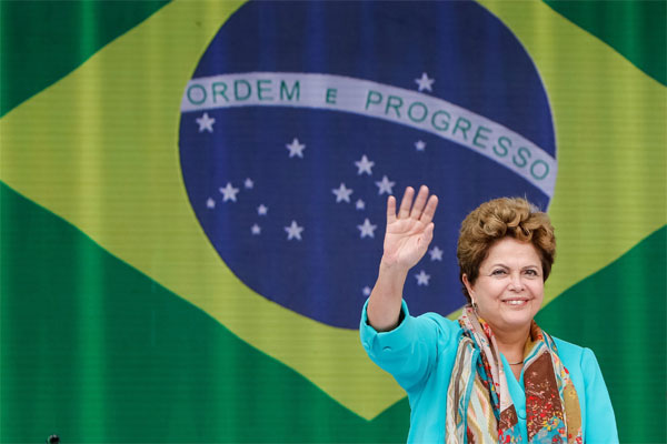 Dilma Rousseff define a equipe do primeiro escalão a partir das articulações para assegurar a ampliação da base de apoio no Congresso Nacional