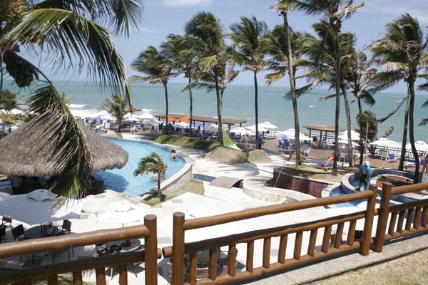 Melhoria do fluxo de turistas no início do verão renova as esperanças do hoteleiros para 2015